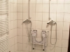 akadalymantes-zuhanyzo